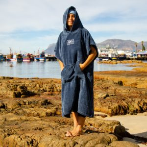 OCEAN AND EARTH HOODED TOWEL MENS CORP